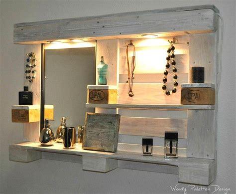 badezimmer regal aus paletten spiegelschrank zum schminken aus paletten imargooperlen