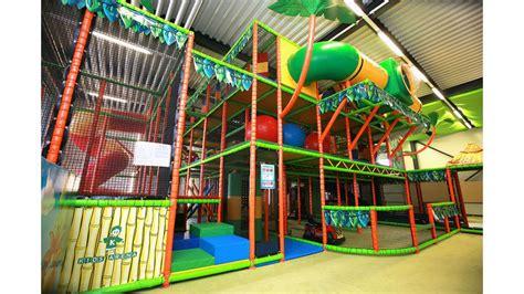 indoor kinderspielplatz tageskarte fuer  erw