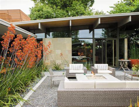 20 fresh outdoor living room ideas