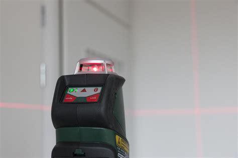 review bosch pll  kruislijnlaser laserwaterpas
