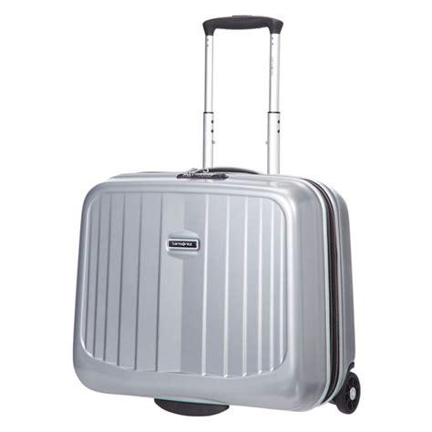 housse pour valise samsonite samsonite ultimocabin coloris argent sac sacoche