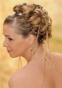 accessoire coiffure mariage exemple de chignon pour mariage
