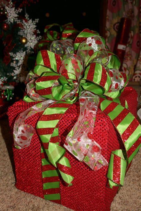 lighted christmas box decoration christmas