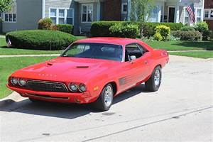 1973 Dodge Challenger 440 4 BBl 375 HP Muscle Car