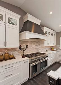 46 best white kitchen cabinet ideas for 2018 for Kitchen cabinet trends 2018 combined with fine art wall murals
