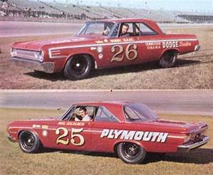 Ray Nichels Chrysler team. Bobby Isaac #26 Dodge and Paul ...