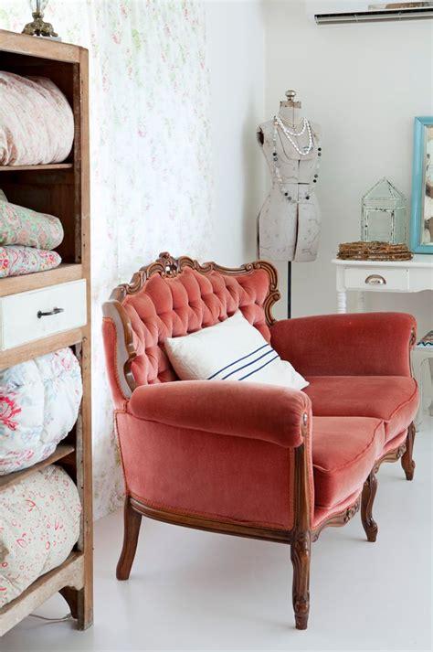 shabby chic sofa ideas vintage shabby chic lounge ideas google search hogar