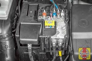 Changer Batterie C3 Picasso : citroen berlingo 1996 2010 1 6 battery check haynes publishing ~ Medecine-chirurgie-esthetiques.com Avis de Voitures