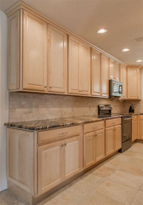 kitchen cabinets with backsplash 1000 images about customer projects on 8563
