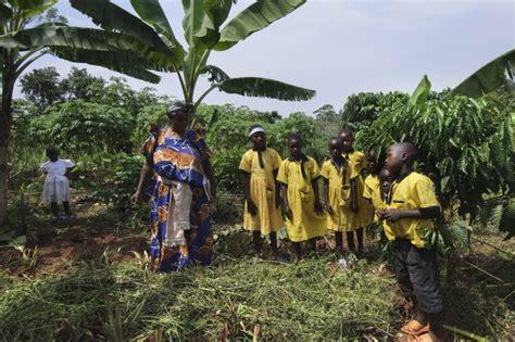 Africana Di Sviluppo by Africa Alla Larga Dagli Alfieri Dello Sviluppo