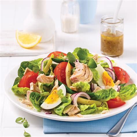 recettes cuisine grecque salade niçoise au thon soupers de semaine recettes 5 15 recettes express 5 15 pratico