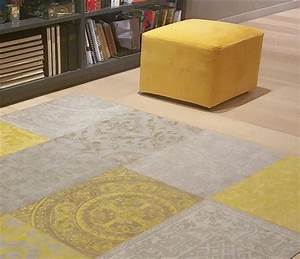 inspiration jaune moutarde le blog du sol With tapis salon jaune