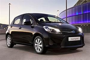 Toyota Yaris Hybride Dynamic : toyota yaris 1 5 full hybrid dynamic specificaties auto vergelijken ~ Gottalentnigeria.com Avis de Voitures