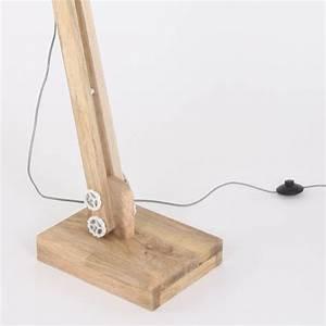 Designer Stehlampen Holz : stehleuchte dreibein holz stehleuchte standleuchte dreibein holz studio design art tripod ~ Indierocktalk.com Haus und Dekorationen