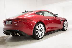 Cote Voiture Gratuite Avec Kilometrage : images gratuites rouge v hicule voiture de sport jaguar c t coup f type v hicule ~ Gottalentnigeria.com Avis de Voitures