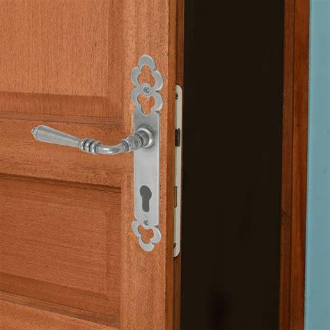 poign馥s de portes de cuisine poignee porte cuisine leroy merlin photos de conception de maison brafket com