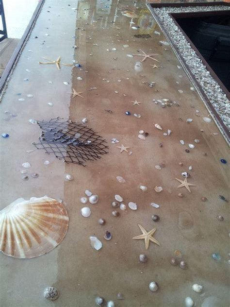 Poured Epoxy Floor Diy by 25 Best Ideas About Epoxy On Resin Jewellery