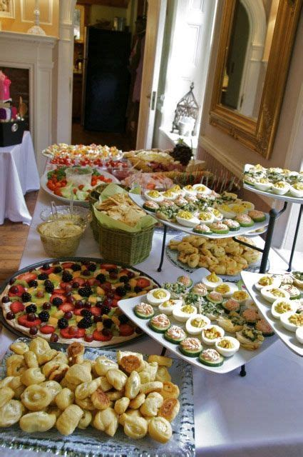 Best Food For Bridal Shower by Best 25 Bridal Shower Snacks Ideas On Baby
