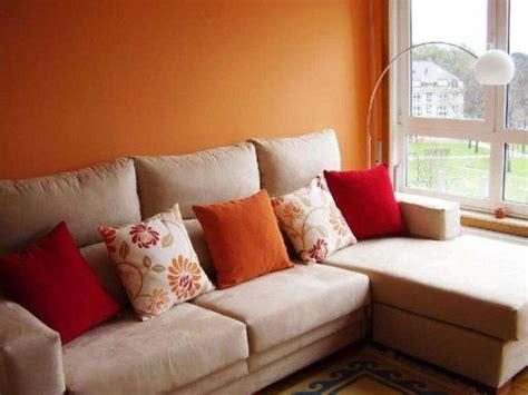 sofa verde y naranja combinar sof 225 y elecci 243 n de color tapizados pinterest