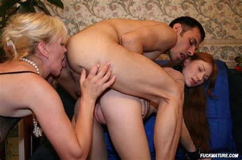 Mommy Are Have A Mff Milfs Blondes In Stunningly Mmf 2851