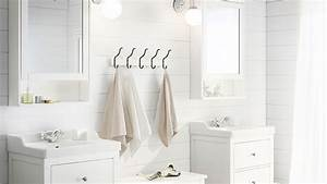 Serviette De Bain : comment organiser la salle de bains en colocation ~ Teatrodelosmanantiales.com Idées de Décoration