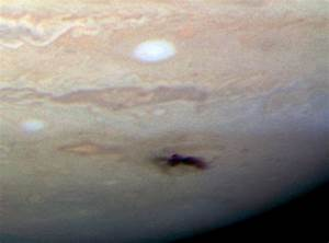 Is it true that Jupiter protects Earth? | Space | EarthSky