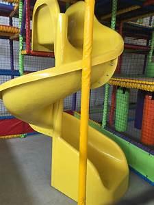 Big Baby Slide : spiral slides large and small different styles kids slides ~ A.2002-acura-tl-radio.info Haus und Dekorationen