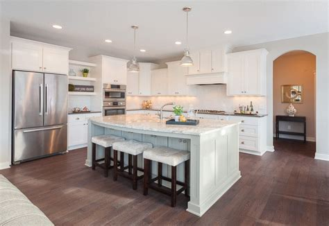 Wire Brushed Oak Cabinets by Wire Brushed Oak Floor Kitchen Parade Of Homes White