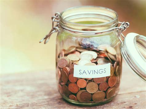 How to Save Money: A Financial Expert Spills her Secrets