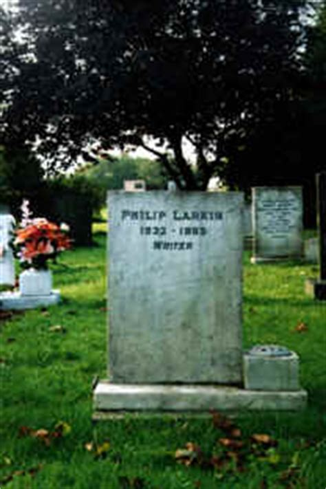 philip larkin cottingham hull england poet grave