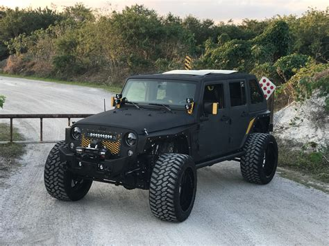 Jeep/4x4 Sales & Custom Shops