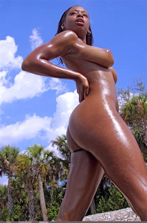 Beach Pics With Beautiful Black Model Tierra Love And Her