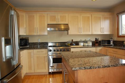 Kitchen Wall Colors With White Cabinets  Kitchentoday