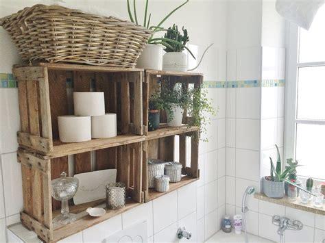 schlafzimmer ideen obstkiste weinkistenregal im bad einrichten badezimmer