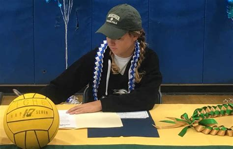 what is a letter of intent lake student signs with wagner college the friday 10308