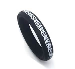 silicon wedding ring 6mm 39 s or womans black celtic knot rubber silicone wedding band ring ebay