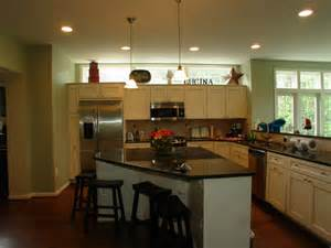 eat at kitchen island kitchen eat in island jpg 800 600 for the home