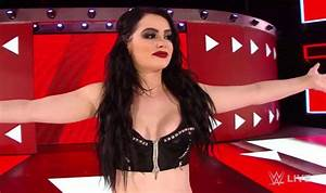 WWE RAW after WrestleMania: Paige announces SHOCK ...