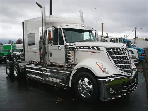 brand new volvo semi truck image gallery new semi trucks