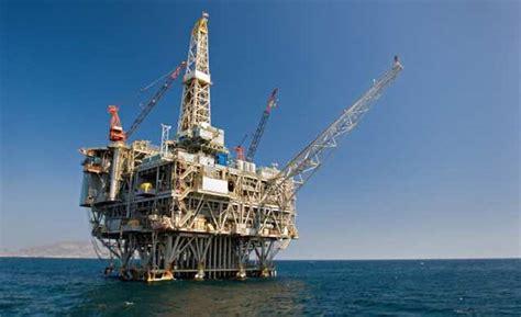 pressure mounts  drill  oil  florida shores sun