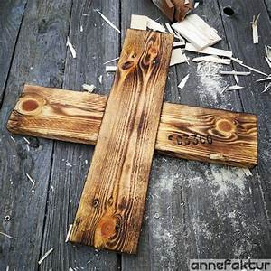 Holz Alt Aussehen Lassen : holz paletten mit dem bunsenbrenner alt aussehen lassen ~ Orissabook.com Haus und Dekorationen