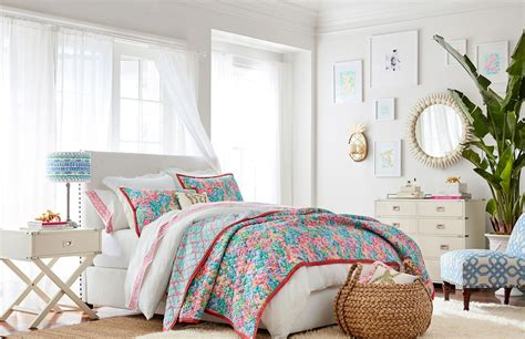 Pottery Barn L by Lilly Pulitzer And Pottery Barn S Collaboration Is Here