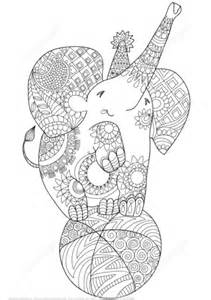 coloriage elephant mignon du zentangle coloriages
