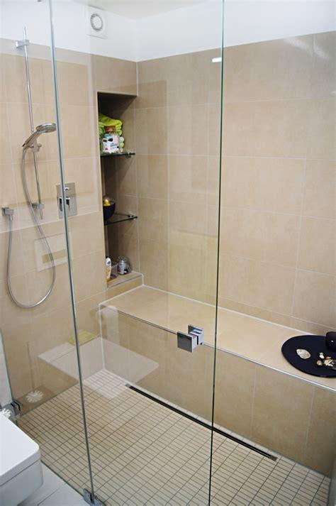 dusche mit sitzbank bundesbaublatt