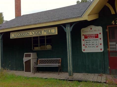 guide  cider mills  southeast michigan dearborn