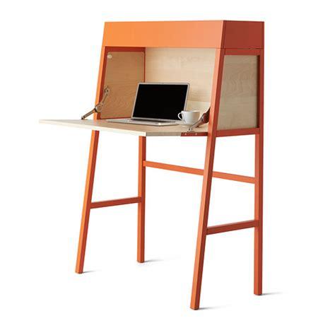 bureau moderne ikea secrétaire ikea ps un bureau design qui ne prend pas