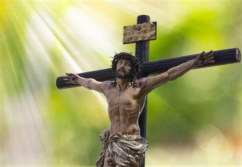jesus  cross easter  stock photo public domain