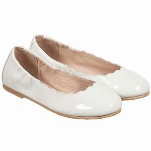Bloch - Girls White Patent Leather 'Scallop' Ballerina ...