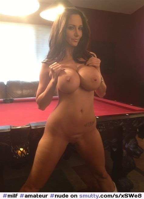 Milf Amateur Nude Shaved Hot Sexy Fit HugeFakeTits