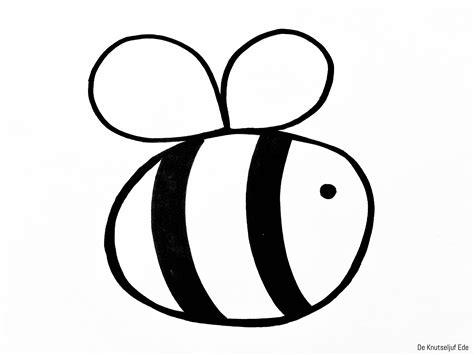 Boomstam Kleurplaat by Kleurplaten Bloemen En Bijen